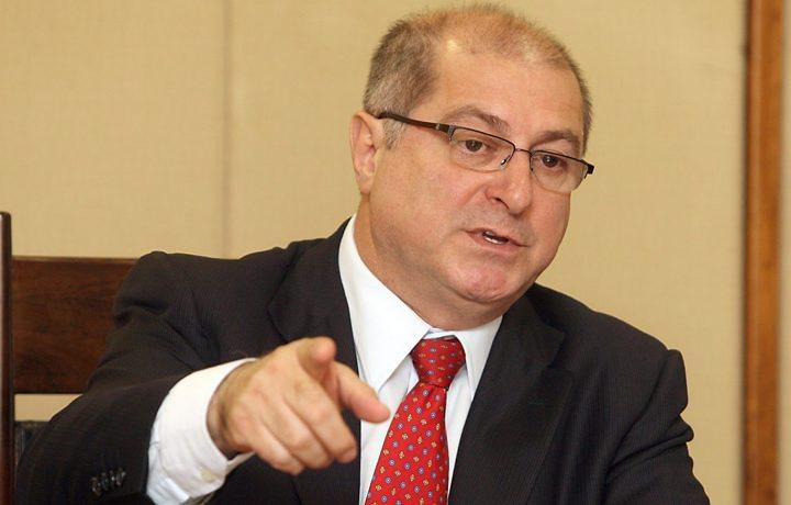 """""""Mesmo que faça agora o acordo [com os seis que faltam], dificilmente vai dar tempo de fazer um serviço de boa qualidade"""", explicou o ministro."""
