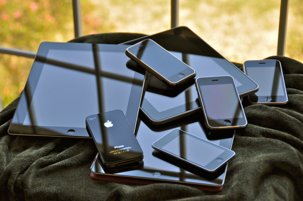 ipad-iphone-apple
