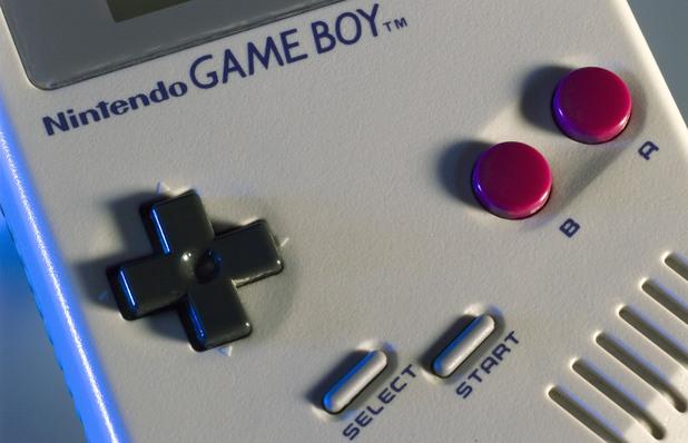 gaming-original-nintendo-game-boy